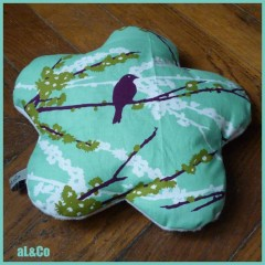 coussin_turquoise.jpg